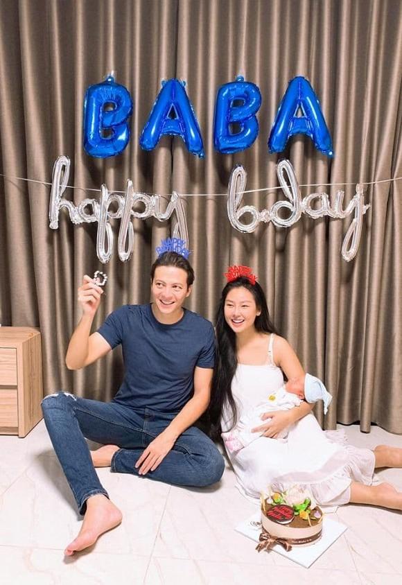 Diễn viên Dương Hoàng Anh đón sinh nhật bên vợ đẹp và hai con